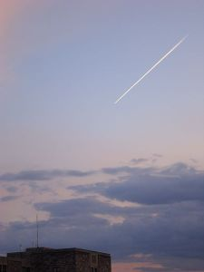A contrail over southwest Virginia, 19 March 2012, captured by Eric T Gunther. Via http://en.wikipedia.org/wiki/File:Con_Trail_Virginia.JPG